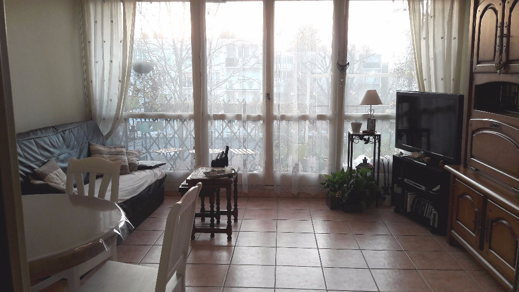 appartement-yerres-4-piece-s-74-6-m2